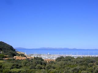 Aprile e settembre appart. 101 con vista mare a Punta Ala Residence I Boboli