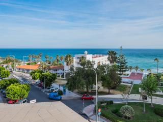 OVERVIEW SEA APARTMENT FOR 6 PERSONS. NERJA CENTER, Nerja