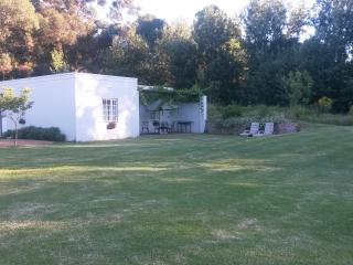 Sleepy Willow Country Accommodation 5 sleeper cott, Stellenbosch