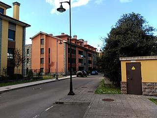 Apartamento en Llanes,con piscina y garaje