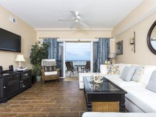 Sanibel 104, 3 Bedrooms, Ocean Front, Pool, Gym, Spa, Sleeps 7, Daytona Beach