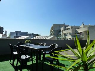 Parking & Terrace @ Boavista center, Oporto