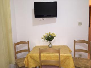 Apartments Mate - Superior One Bedroom Apartment with Terrace, Sumpetar