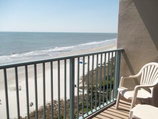 Oceanfront Studio with Awesome Views!!  Pool. Fun!, Myrtle Beach