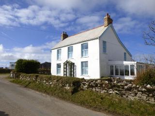 Tremynydd Fach Farmhouse, Berea