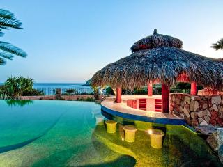 Villa Vista Ballena, Sleeps 16