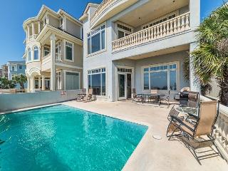 Singleton Beach 11, Oceanfront 6 Bedrooms, Private Pool, Elevator, Sleeps 18, Hilton Head