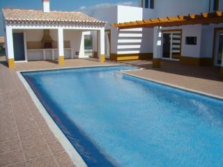 Zissou Purple Villa, Aljezur, Algarve