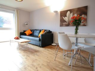2 bed apartment in Chiswick, West London inc WiFi