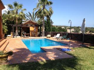 4 Bedroom Villa with private pool, Elviria