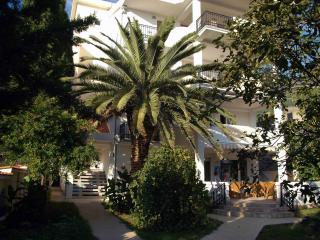 Solaris-Apartment, Sutomore