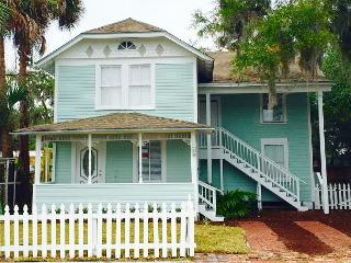 Charming St. Augustine Historic District Home!, Sint-Augustinus