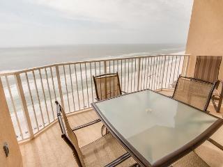 Boardwalk 1710 - Remodeled-Luxury Location-2BD/2BA Facing The Gulf Of Mexico, Panama City Beach
