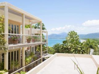 #7 The Hill Apartment, Port Douglas