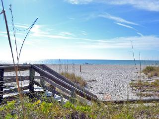 Beach Cottage Vacation Rental on Anna Maria Island walking distance to beach