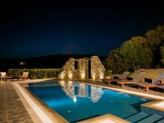 Villa Athinais