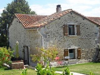 Holiday Gite on the Charente Dordogne border