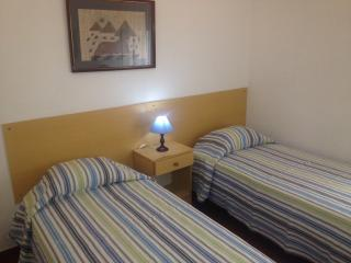 Sarita´s house , Triple room, Monte Gordo