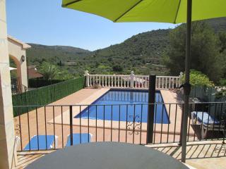 Casa Nuria, Alcalali