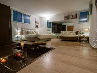 Luxury apartment, Lesa