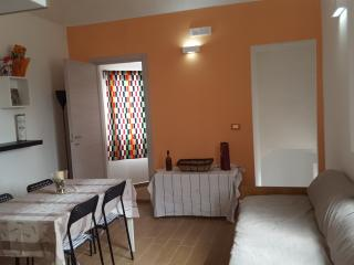 Dantes home, Catania