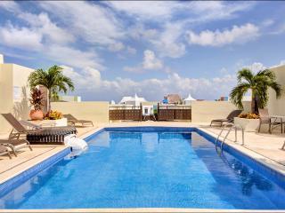 Meridian Penthouse Near the Beach, Playa del Carmen