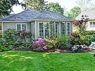 La Vignette, 3 bedrooms, 2 bath pet friendly!!, Niagara-on-the-Lake