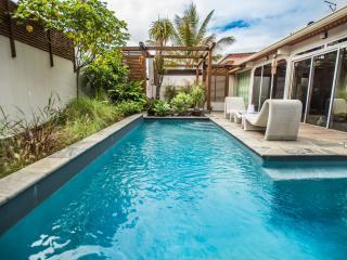 Villa charmante avec piscine chauffee privee