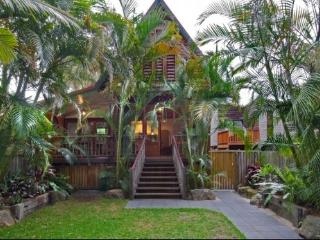 Longhouse, Byron Bay