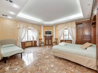 MIDTOWN ROME DELUXE HOME