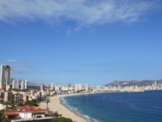 Benidorm,Poniente,hasta 6P,Wifi free,Parking,Tv SAT.,Preciosas vistas,piscina