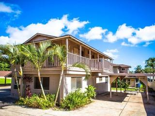 Homestead Bungalow- 3 bedroom/1 bath up to 8 guests! Perfect for family vacation