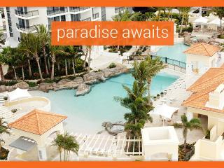 GCHR Chevron Renaissance Mystery 3 Bedroom Apartment, Surfers Paradise