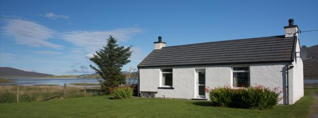 Seol Mara, extensively renovated cottage on the shore of Luskentyre Bay.