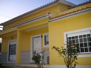 The Yellow House, Areia Branca