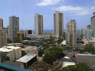 Waikiki Aloha Surf PH One Bedroom With Ocean View, Honolulu