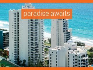 GCHR Moroccan Premium Beachfront Apartment in Surfers Paradise