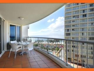 GCHR Moroccan Apt 132 - Cheap Beachfront Apt. Surfers Paradise