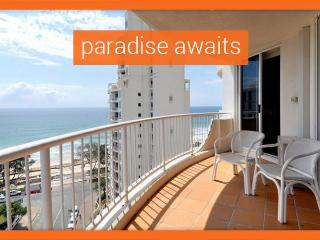 GCHR Moroccan Apt 244 - Beachfront Gold Coast Holiday, Surfers Paradise