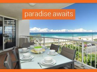 GCHR Moroccan Apt 309 - Absolute Beachfront 3BR Apartment, Surfers Paradise
