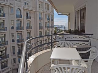 2 bedroom apartment on Croisette, Cannes