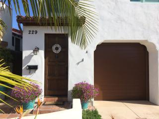 Newer Home close to beach and downtown, San Clemente