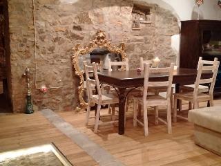 Casale & Cappella, Pollina