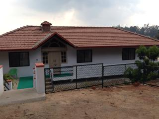 Ashirwad Homestay. Scenic and Centric.