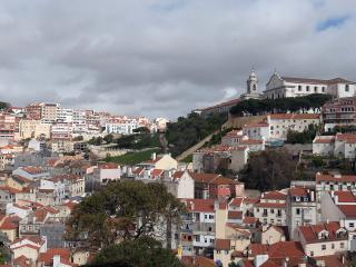 Castelo - Breathtaking view, very quiet, relaxing., Lisboa