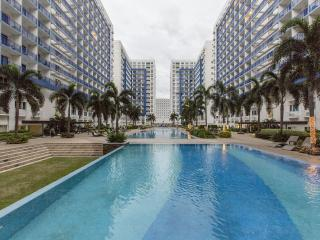 2 BR Fully-furnished Condo by Mall of Asia