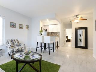 Very nice 1 bed for up to 6 people in Miami Beach!