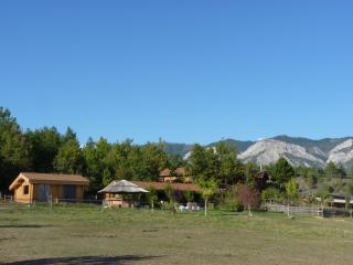 Gîte au coeur d'un centre équestre, Laragne-Monteglin