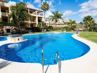 QUIET GOLF APARTMENT IN MARBELLA