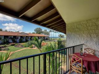 BEAUTIFUL BEACHFRONT 1 BEDROOM CONDO IN KIHEI, Kihei